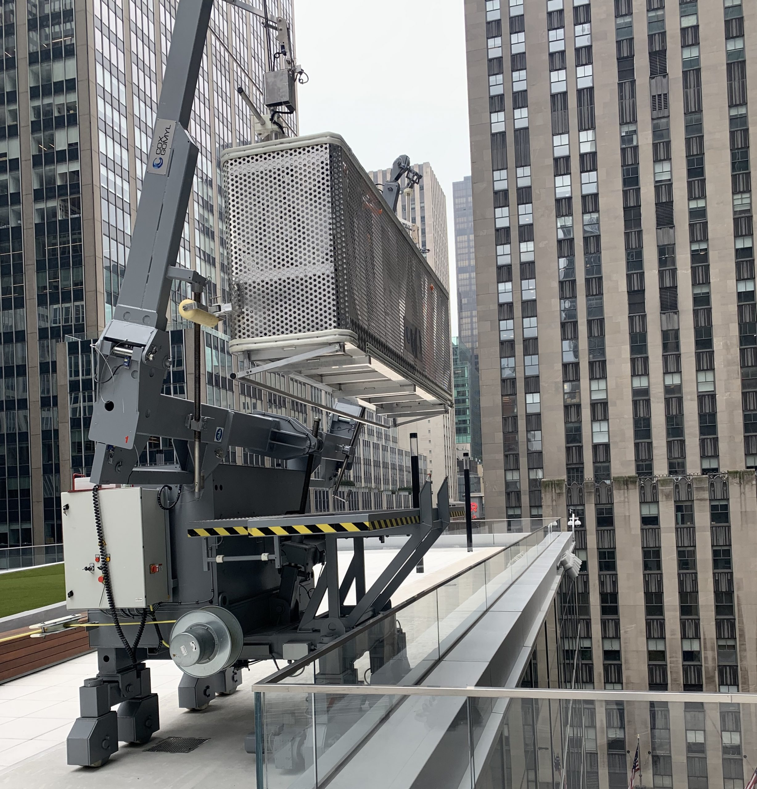 Meticulous installation planning for a new replacement BMU for Rockefeller Center